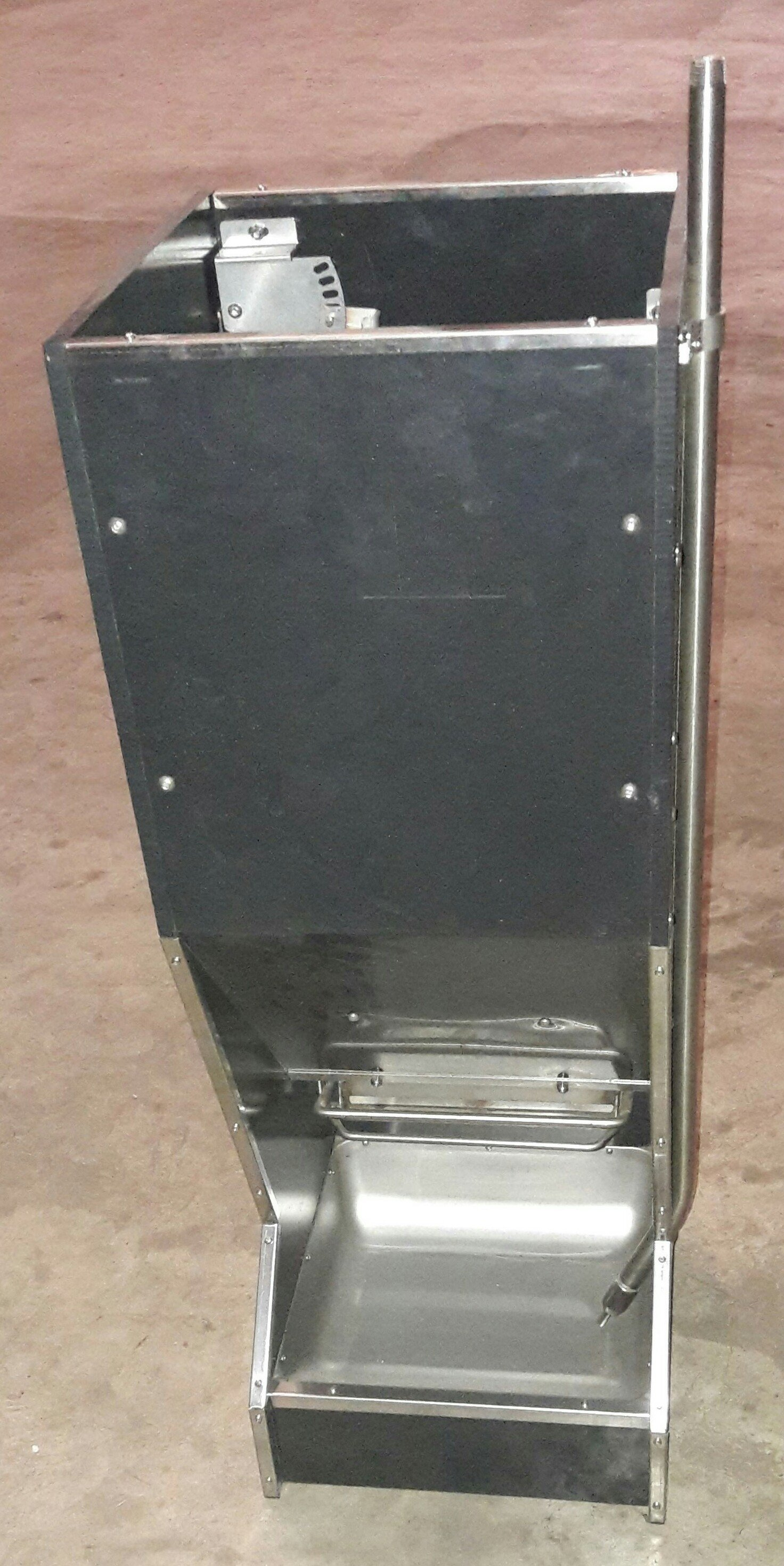 our pinterest pig pin feeder for farming pen weezie kune customized
