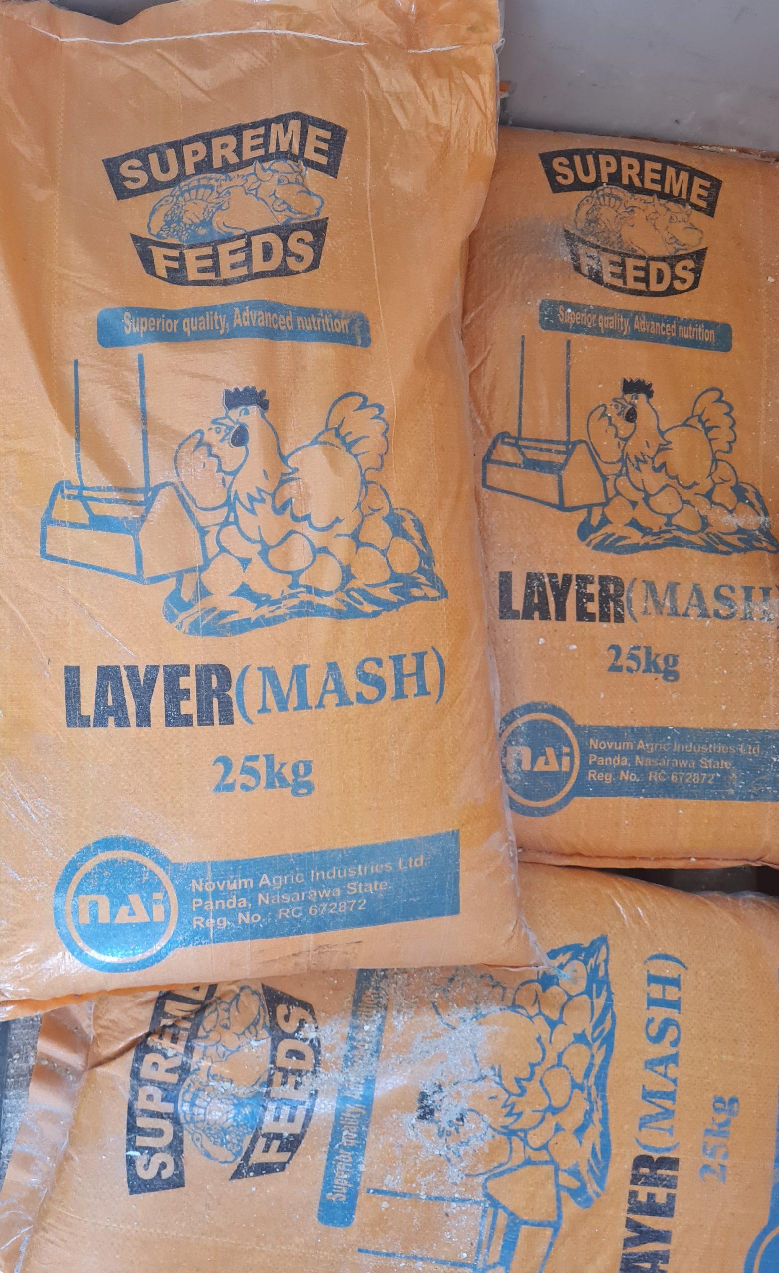 supreme feeds layer mash