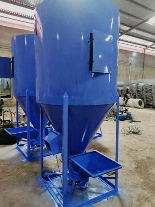 vertical feed mixer